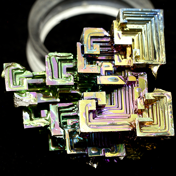 minerales artificiales: bismuto