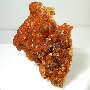 mineral espessartina