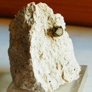 minerales bixbita
